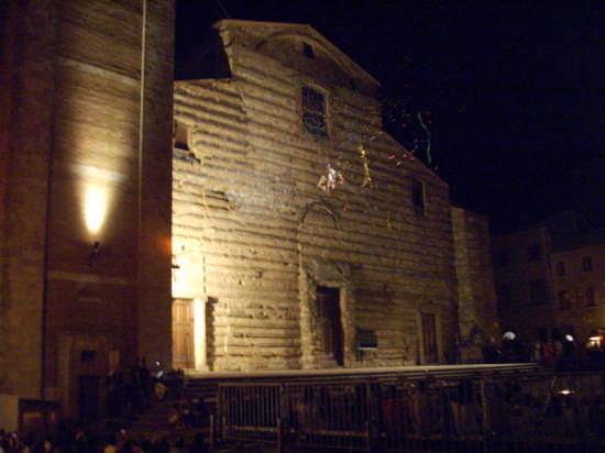 BEN VENGA .... FESTA  - Montepulciano (2244 clic)