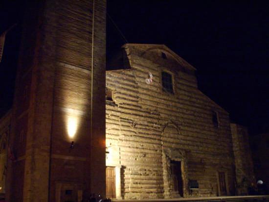 BEN VENGA .... FESTA  - Montepulciano (1709 clic)