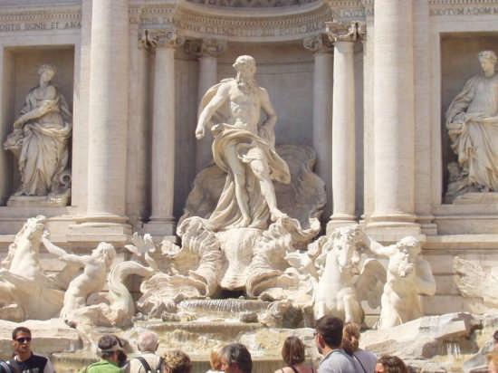 FONTANA DI TREVI  - PARTICOLARE - Roma (2505 clic)
