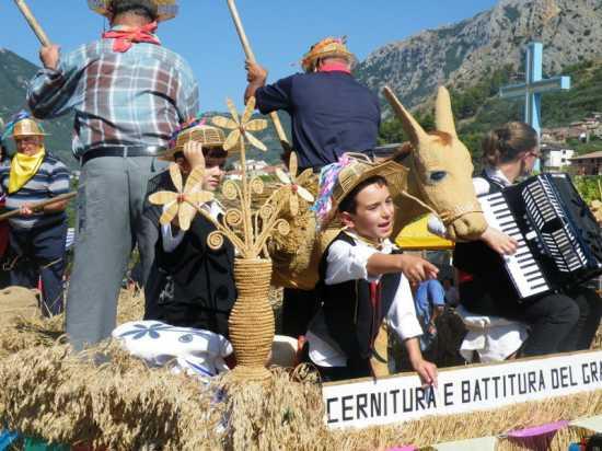FESTA DEL GRANO 2009 - Foglianise (2272 clic)