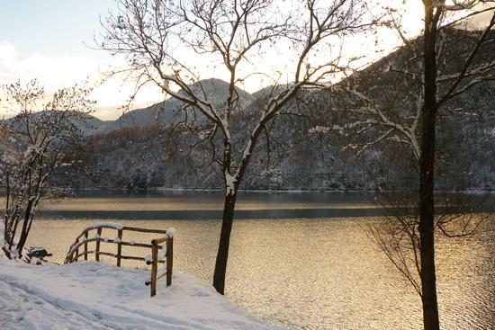 Tramonto sul Lago di Ledro  (2810 clic)