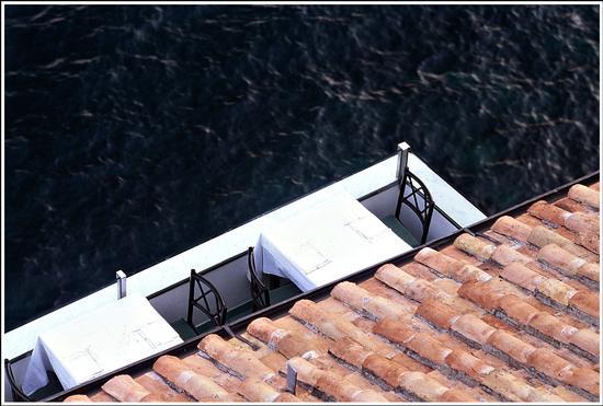 1998: sospesa..  - Amalfi (1245 clic)