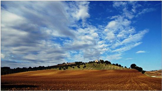 ottobre in cielo... - Osimo (1034 clic)