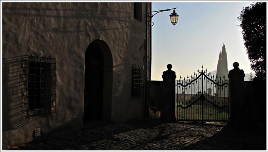 il cancello del paradiso.. - Arquà petrarca (2093 clic)