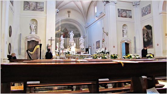 attesa degli sposi in S.Marco.. - BORGHETTO - inserita il 29-Sep-14