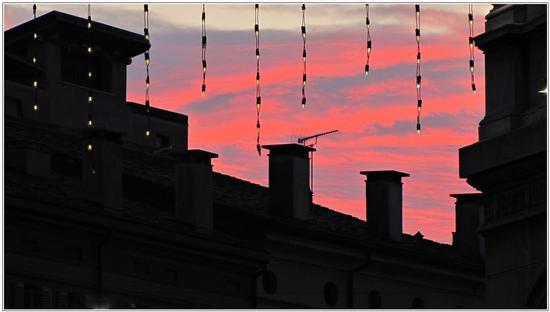 luci .. dietro. - Mantova (1495 clic)