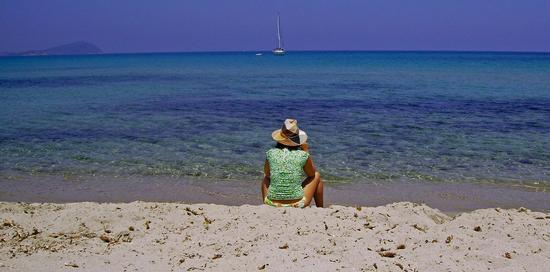 Ascoltando il mare... - Bari sardo (2272 clic)