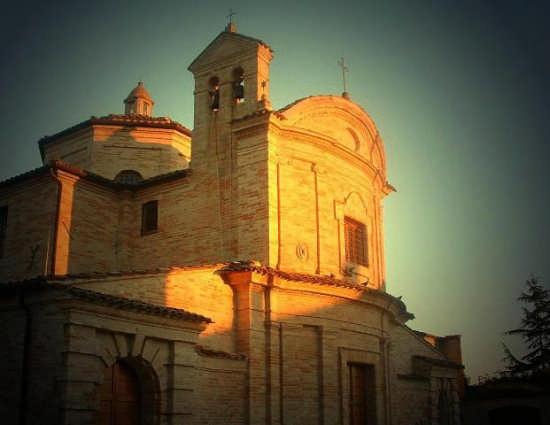 Ortezzano, le luci dell'alba, Chiesa del Carmine XVIII sec (2038 clic)