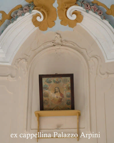 Ortezzano, Cappellina nel Palazzo Arpini (1841 clic)