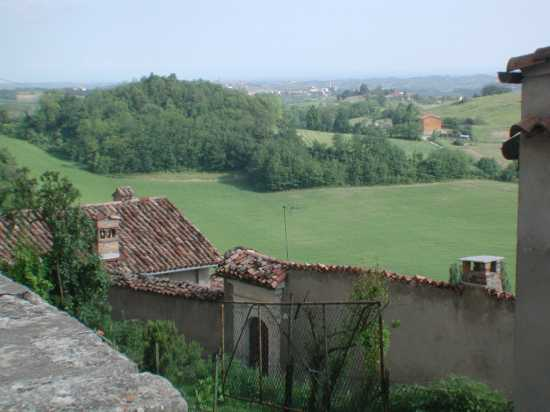 Murisengo, muri che chiudono le colline (3174 clic)
