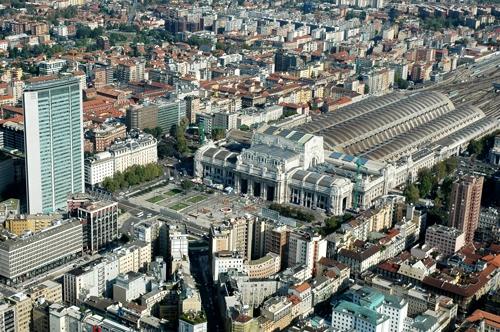 Milano - Stazione Centrale e Grattacielo Pirelli (12206 clic)