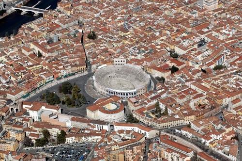 Il Centro e L'Arena - Verona (7635 clic)