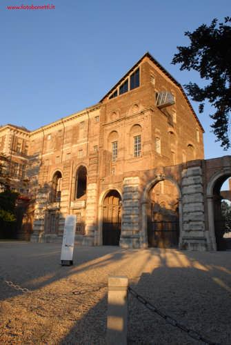 Castello di Rivoli - RIVOLI - inserita il 30-Mar-09