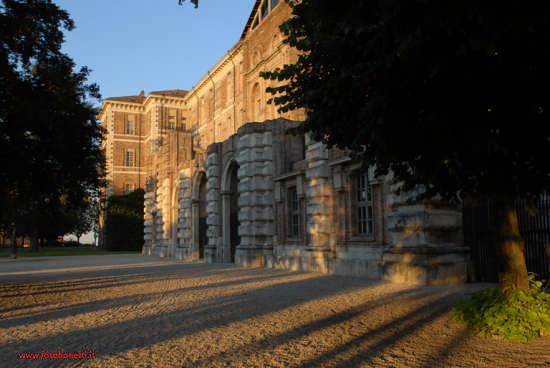 Castello di Rivoli (2101 clic)