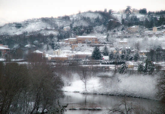 Moncalieri con  la neve (3338 clic)