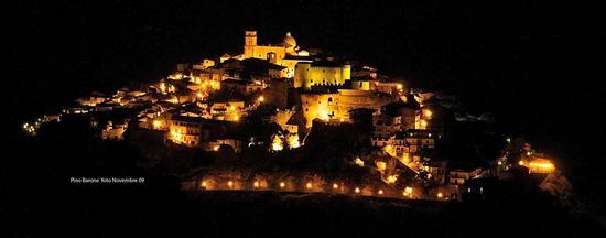 Santa Severina notturno (3610 clic)