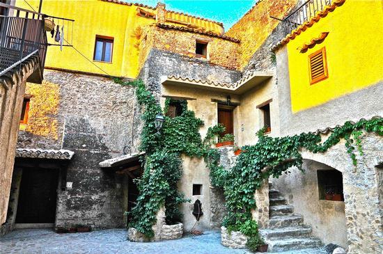 Santa Severina - Centro storico- (389 clic)