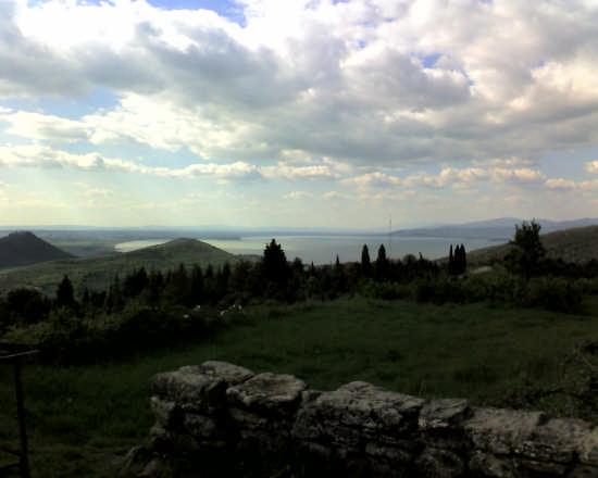 lago trasimeno dall'alto - Perugia (2940 clic)
