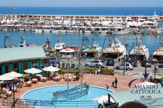 Cattolica porto,  (3479 clic)