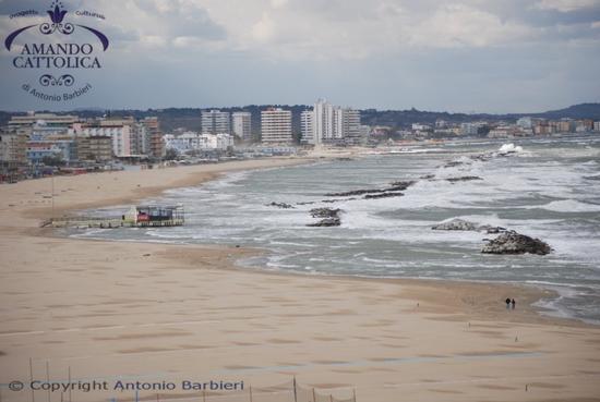 Cattolica mare, spiaggia d'inverno  (3703 clic)