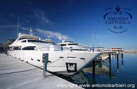 Porto Cattolica Ferretti Group Yacht (2436 clic)