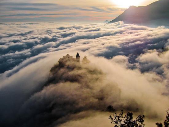 Santuario di Montecastello - Tignale (12045 clic)
