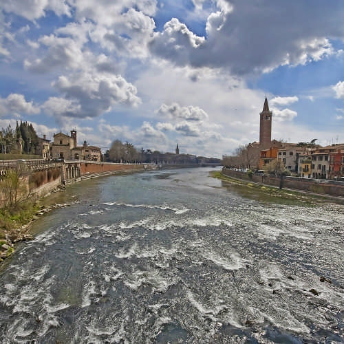 Dal Ponte Pietra - Verona (3928 clic)