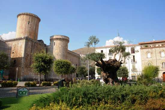 Castello Baronale  - Fondi (4011 clic)