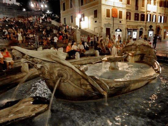 La Barcaccia di Piazza di Spagna - Roma (3264 clic)