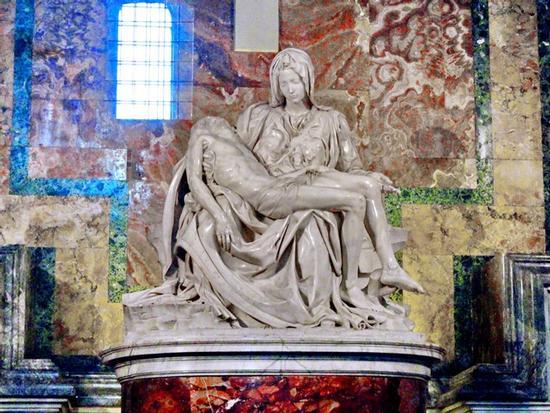 La pietà di Michelangelo - Città del vaticano (2853 clic)