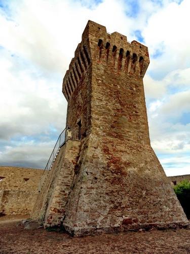 La torre del Castello - Populonia (1863 clic)
