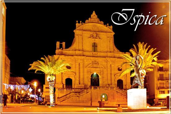 Notturno - La chiesa di San Bartolomeo - Ispica (1225 clic)