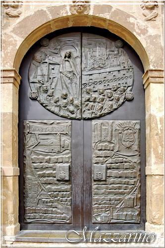 Il portale della chiesa di Santa Lucia - Mazzarino (1416 clic)