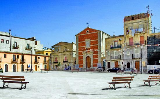 Piazza Roma - Gela (1796 clic)
