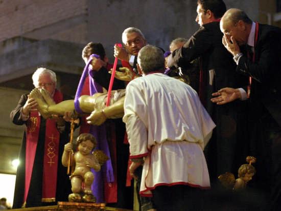 Il Cristo deposto nella Sacra urna - Gela (3349 clic)