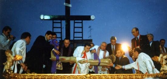 Cristo deposto nella Sacra urna - Gela (3753 clic)