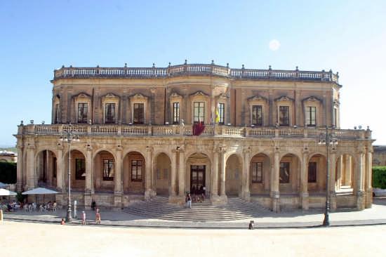 Palazzo Ducezio - Noto (4295 clic)