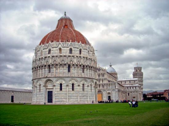 Piazza dei Miracoli - Pisa (1639 clic)