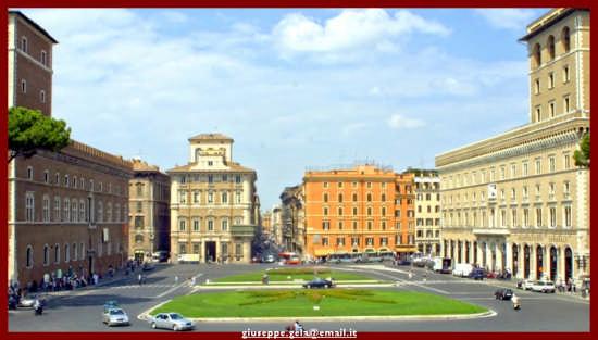 Piazza Venezia - Roma (1680 clic)