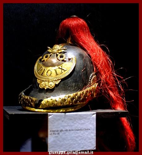 L'elmo delle guardie di Pio IX - Roma (2831 clic)