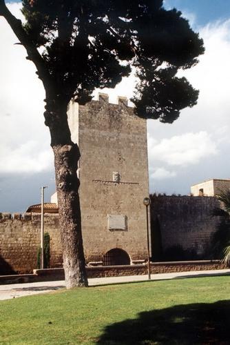 Le mura della citta - Tarquinia (1942 clic)
