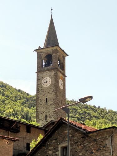 Il Campanile con l'orologio - Valtournenche (3657 clic)