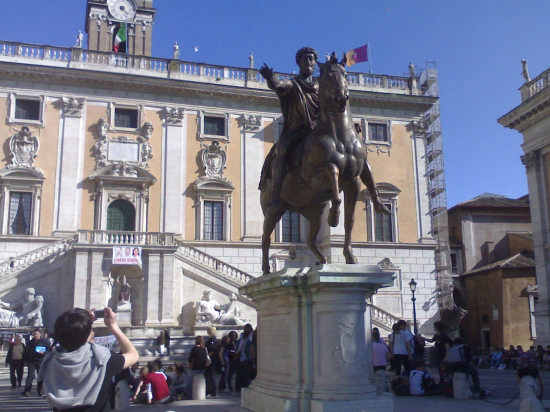 marco aureglio - Roma (1656 clic)
