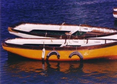 barche a Margellina (Napoli) - NAPOLI - inserita il 15-Jun-07