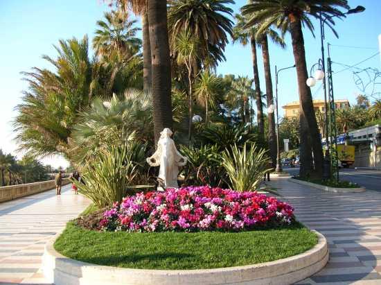 la statua della Primavera il simbolo Sanremo (5327 clic)