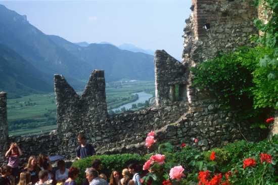 Avio Primavera al Castello - AVIO - inserita il 14-Oct-09