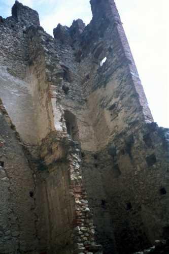 antiche mura - Avio (2082 clic)