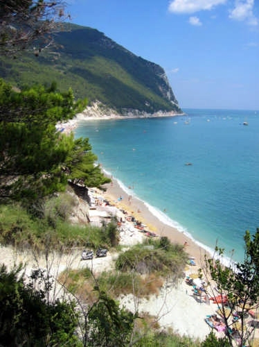 Spiaggia del Conero - Recanati (3431 clic)