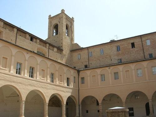Torre del Passero solitario - Recanati (3899 clic)