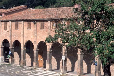Fabriano, portico dei Vasari (in Piazza Garibaldi) (4160 clic)